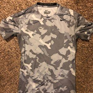 Men's Nike pro combat dri-shit t shirt